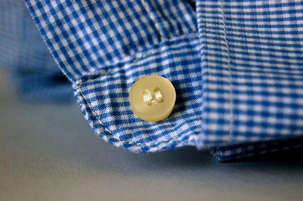Het gemak van strijkvrije overhemden.